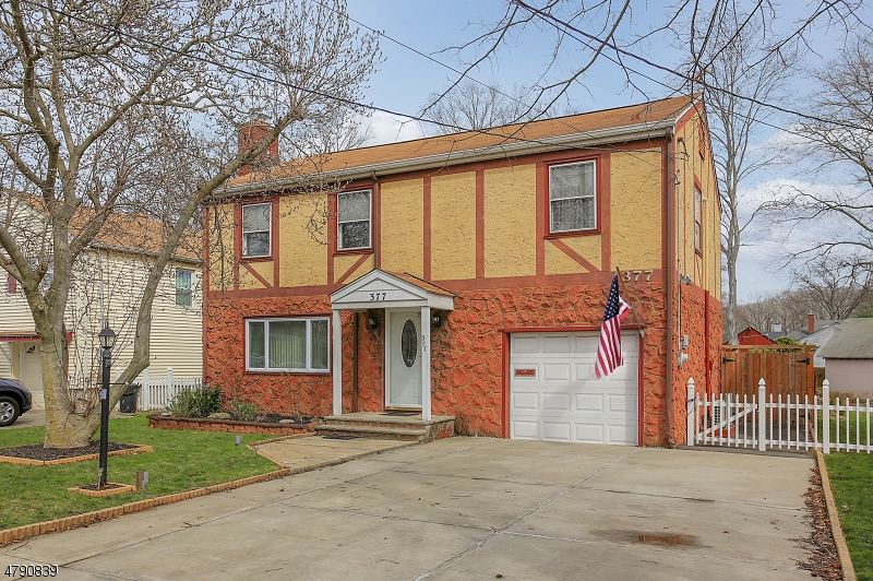 Property for sale at 377 Walnut Ave, Cranford Twp.,  NJ  07016