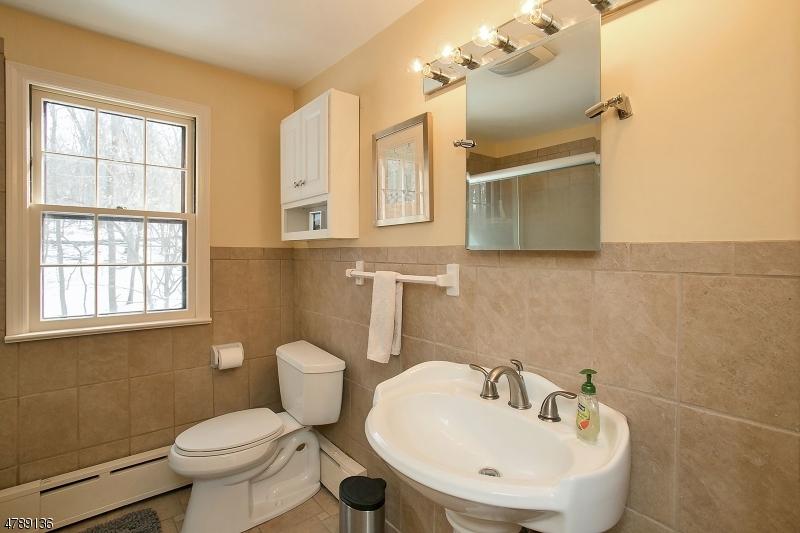 6 DEBBY LN Warren Twp., NJ 07059 - MLS #: 3508211