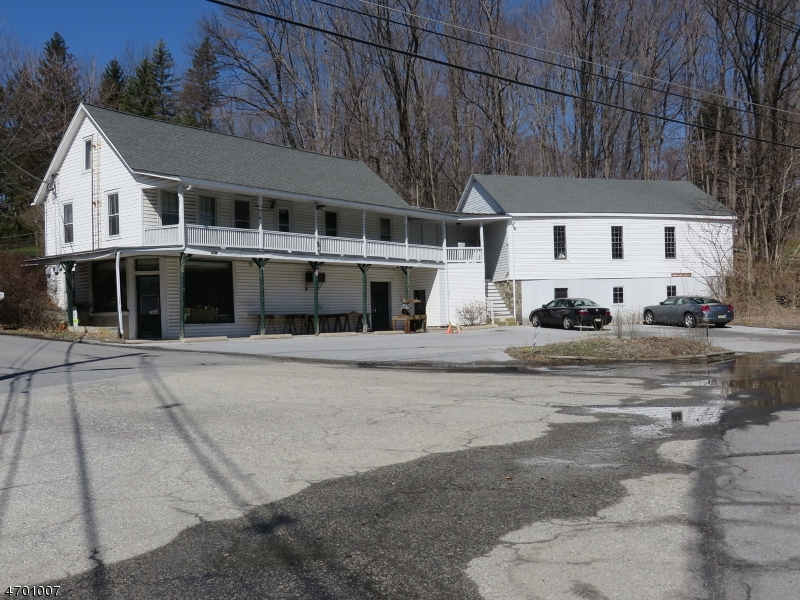 Photo of home for sale at 1226 ROUTE 23, Wantage Twp. NJ