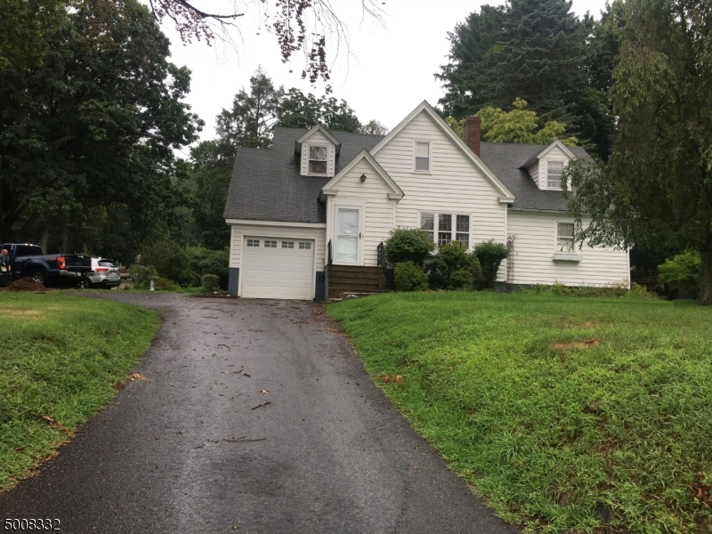 Photo of home for sale at 1895 WASHINGTON VALLEY RD, Bridgewater Twp.