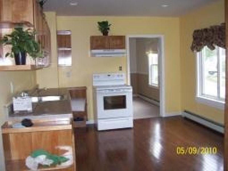 Photo of home for sale at 34 Mabie St, Franklin Boro NJ