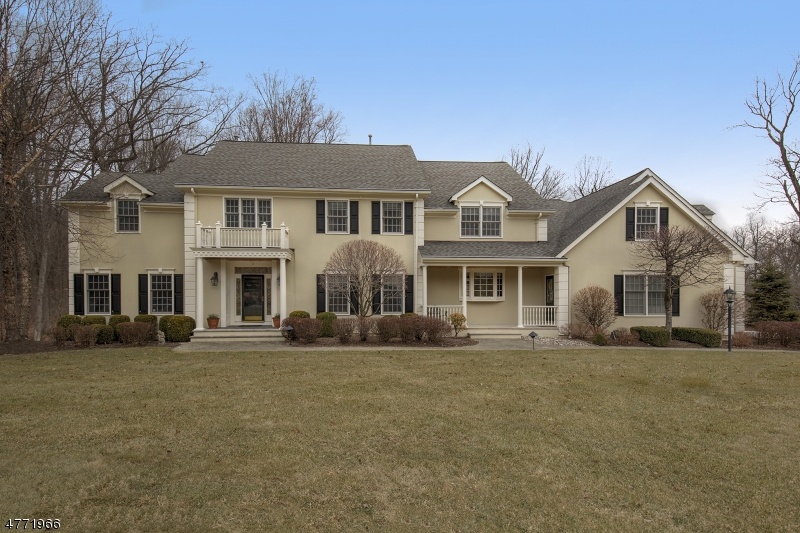 Photo of home for sale at 5 Rockwell Ct, Mendham Twp. NJ