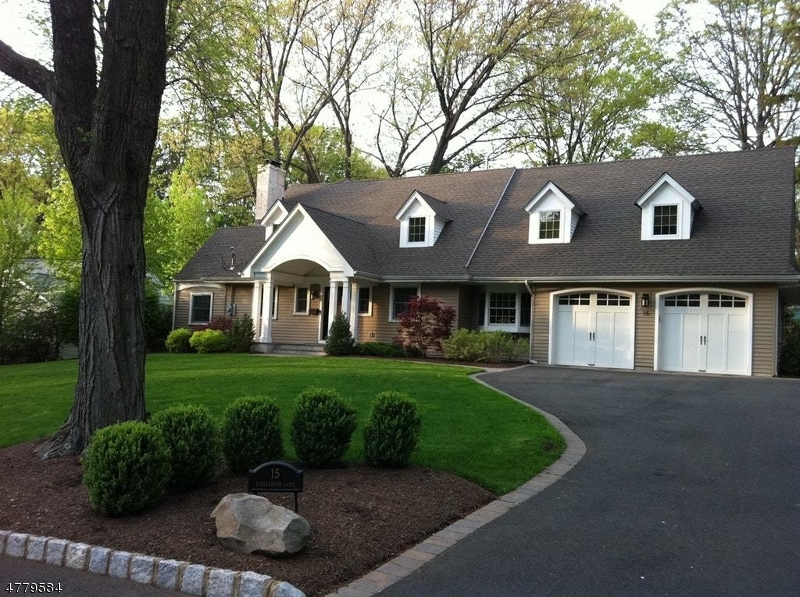 Property for sale at 15 Tanglewood Ln, Mountainside Boro,  NJ  07092