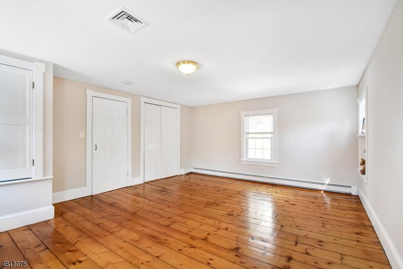 144 OLD CLINTON RD Raritan Twp., NJ 08822 - MLS #: 3479112