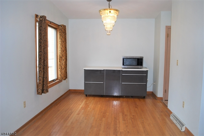 680 BLOOMFIELD AVE Nutley Twp., NJ 07110 - MLS #: 3508312