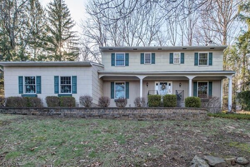 Photo of home for sale at 80 Brookside Rd, Randolph Twp. NJ
