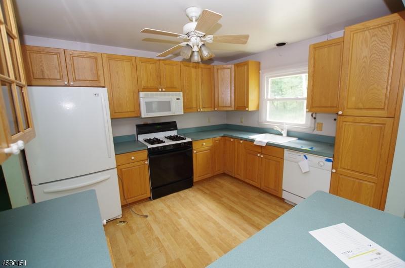 38 DAVIS RD Frankford Twp., NJ 07826 - MLS #: 3495113