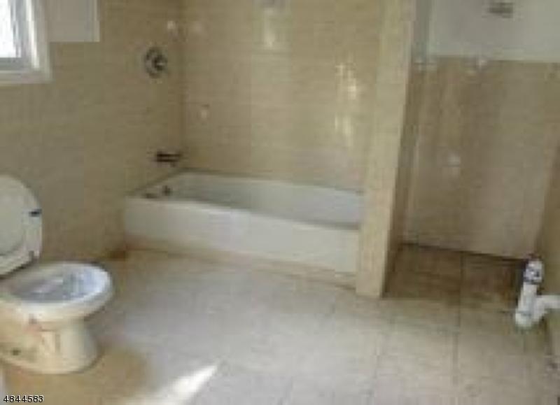 208 TERRACE AVE North Haledon Boro, NJ 07508 - MLS #: 3508213