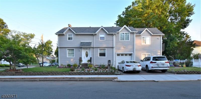 Photo of home for sale at 32 RAPHAEL ST, Fair Lawn Boro NJ