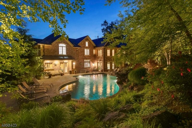 Photo of home for sale at 50 E SADDLE RIVER RD, Saddle River Boro NJ