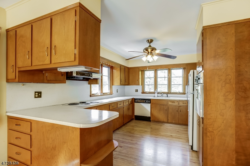 52 MAIN ST Peapack Gladstone Boro, NJ 07931 - MLS #: 3398614