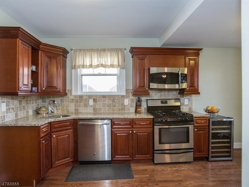 117 Oakland Rd Maplewood Twp., NJ 07040 - MLS #: 3434514