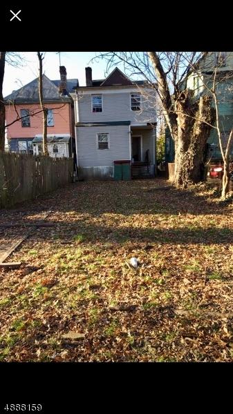 Photo of home for sale at 469 WALNUT ST, Elizabeth City NJ