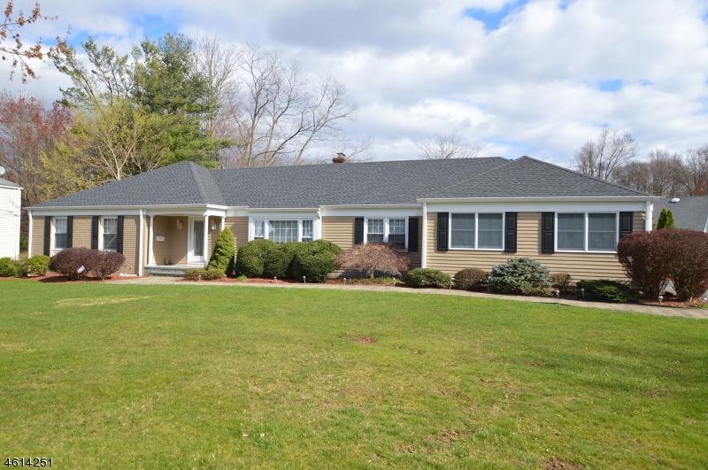 Property for sale at 6 Vultee Dr, Florham Park Borough,  NJ 07932