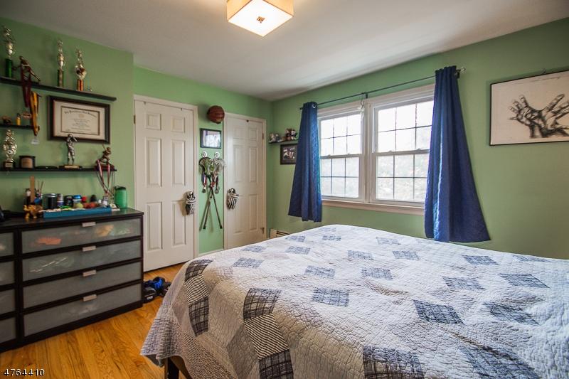336 Windham Ct Wyckoff Twp., NJ 07481 - MLS #: 3434715