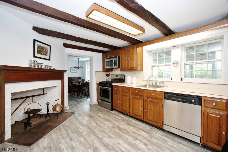 1835 VAUXHALL RD Union Twp., NJ 07083 - MLS #: 3478415