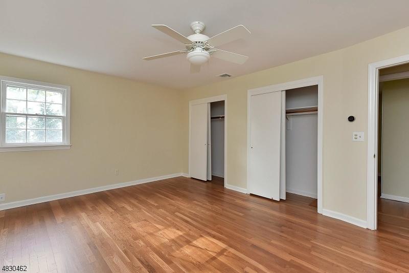 458 SICOMAC AVE Wyckoff Twp., NJ 07481 - MLS #: 3495115