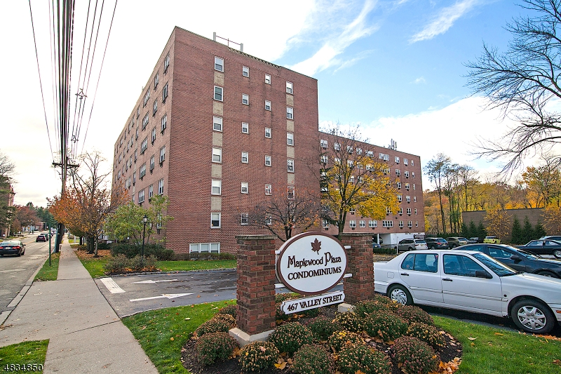 Property for sale at 465 Valley St Unit: 4F, Maplewood Twp.,  New Jersey 07040