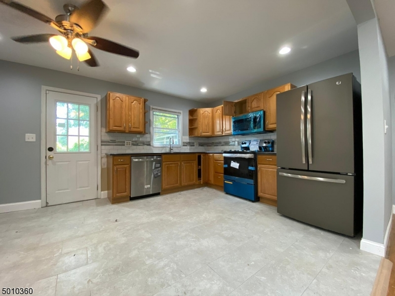 Photo of home for sale at 8 CORDREY AVE, Pennsville Twp. NJ