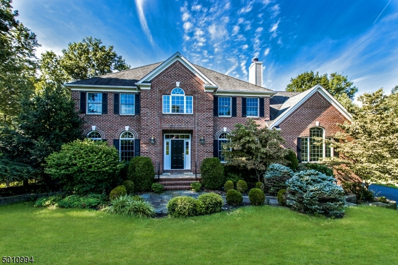Photo of home for sale at 3 TIGER BROOK LN, Chester Twp. NJ