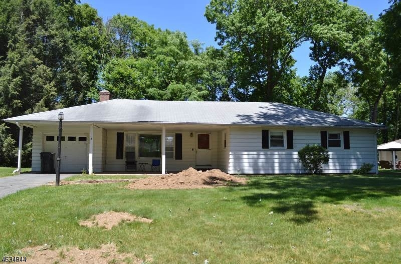 Property for sale at 4 Woodfield Dr, Hanover Township,  NJ 07981