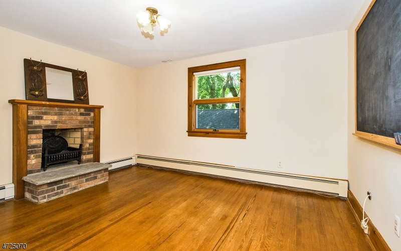 38 Old Chester Rd Peapack Gladstone Boro, NJ 07934 - MLS #: 3398217
