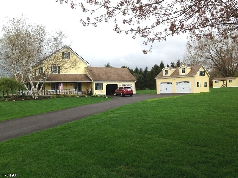 Photo of home for sale at 512 Standish Place, Greenwich Twp. NJ