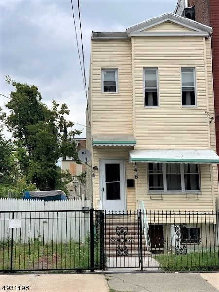 Photo of home for sale at 146 UNION ST, Jersey City NJ