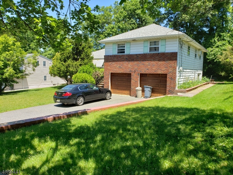 Photo of home for sale at 12 VINCENT PL, Verona Twp. NJ