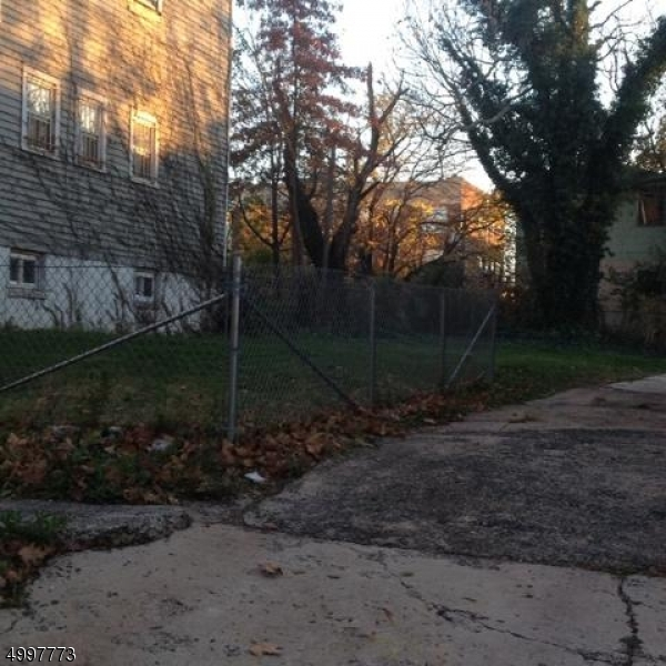Photo of home for sale at 19TH AVE, Irvington Twp. NJ