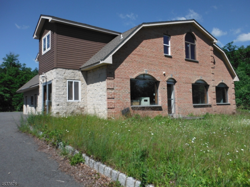 Photo of home for sale at 463 HWY 206, Frankford Twp. NJ