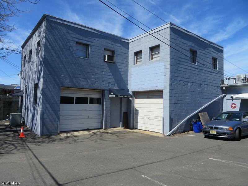 Photo of home for sale at 12 E MAIN ST, Somerville Boro NJ