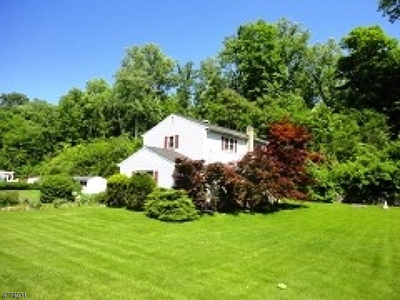 Photo of home for sale at 3400 Route 94, Hardyston Twp. NJ