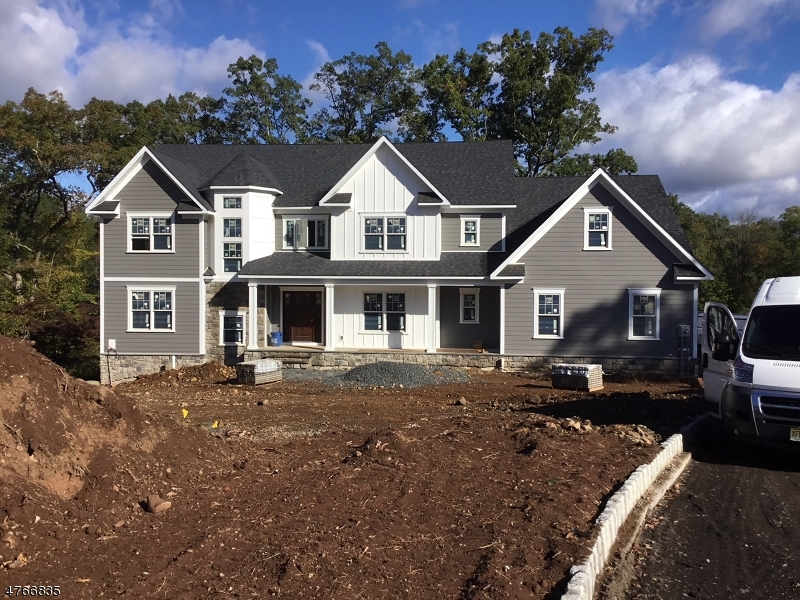 Photo of home for sale at 7 Gregory Lane, Warren Twp. NJ