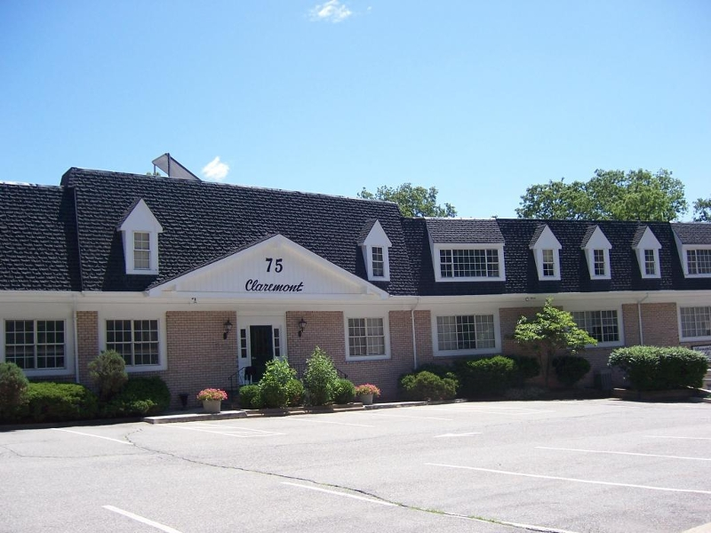 Photo of home for sale at 75 Claremont Rd, Bernardsville Boro NJ