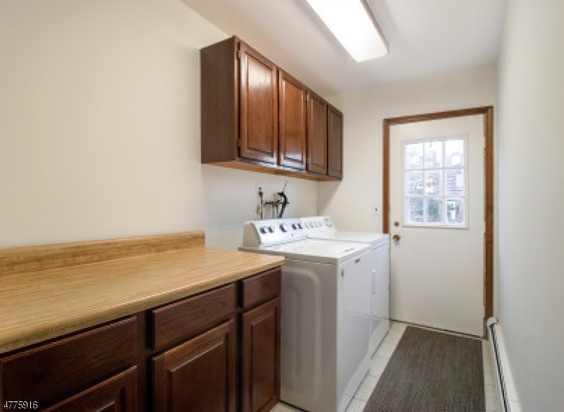 713 Alexander Ct River Vale Twp., NJ 07675 - MLS #: 3453319