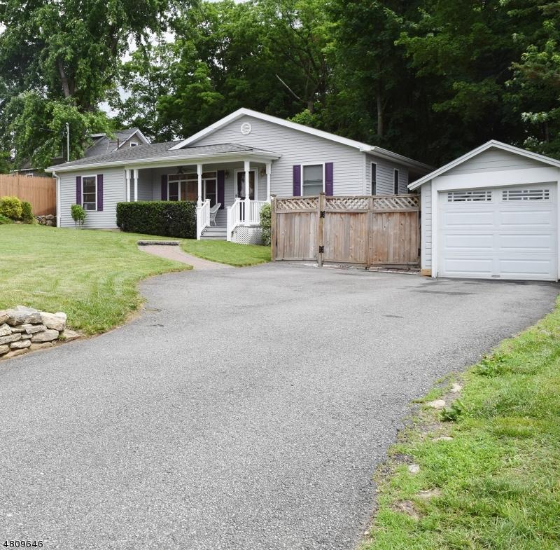28 HIGHLAND AVE Rockaway Twp., NJ 07801 - MLS #: 3475819