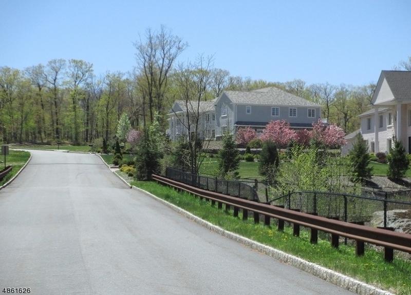 Photo of home for sale at 19 REAGAN WAY, Kinnelon Boro NJ