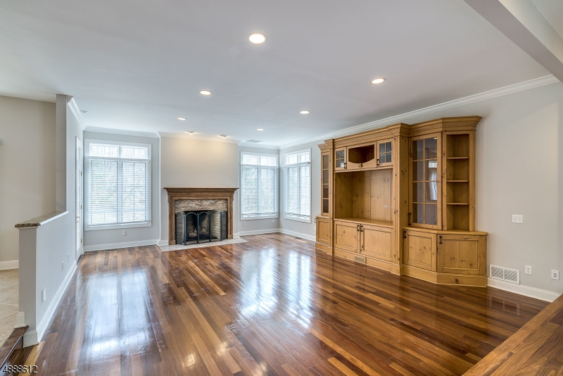 Photo of home for sale at 20 MASAR RD, Montville Twp. NJ