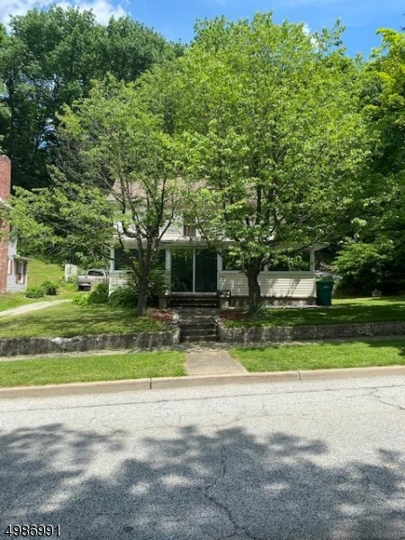 Photo of home for sale at 124 MAIN ST, Sussex Boro NJ
