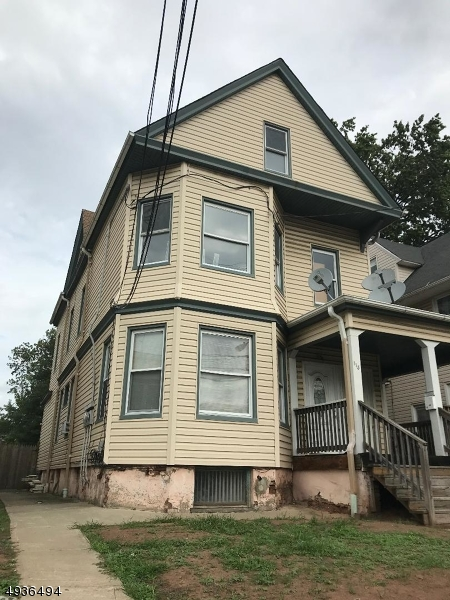 Photo of home for sale at 113 MURRAY ST, Elizabeth City NJ