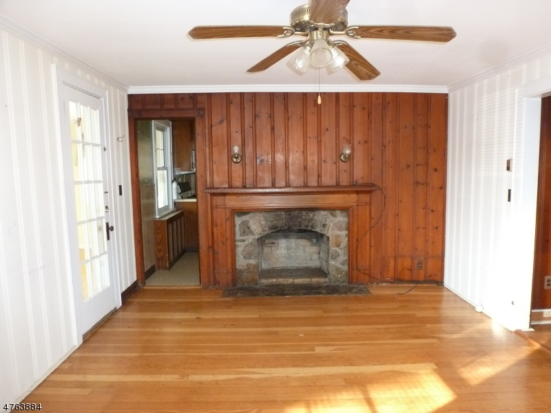 5 Lincoln Ave Parsippany-Troy Hills Twp., NJ 07034 - MLS #: 3434221