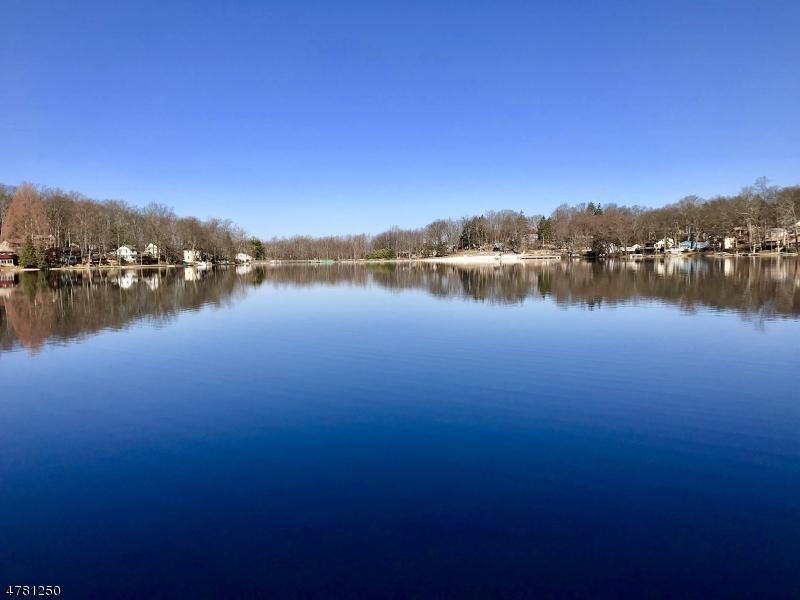 52 Lakeside Dr Vernon Twp., NJ 07461 - MLS #: 3449421