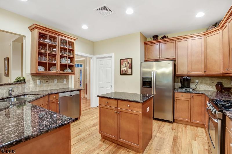 54 SCHINDLER CT Parsippany-Troy Hills Twp., NJ 07054 - MLS #: 3508221