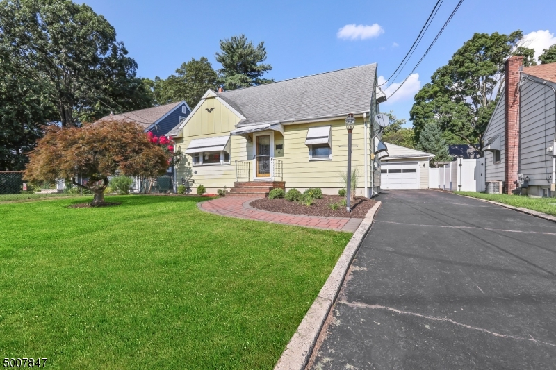 Photo of home for sale at 49 N 11TH ST, Kenilworth Boro NJ