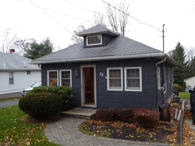 Photo of home for sale at 33 FLANDERS RD, Mount Olive Twp. NJ