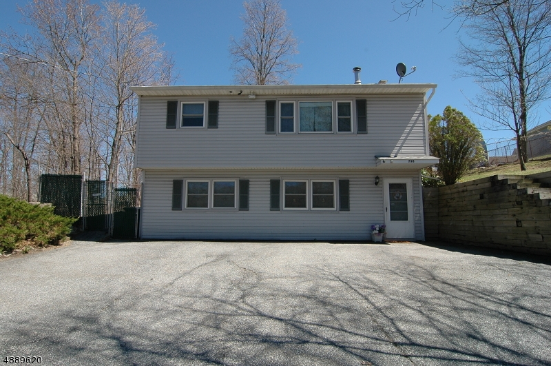 Photo of home for sale at 798 CANISTEAR RD, Vernon Twp. NJ