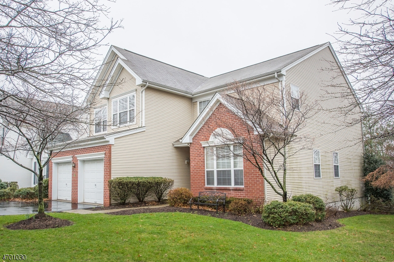 Photo of home for sale at 9 Stone Ridge Ct, Little Falls Twp. NJ
