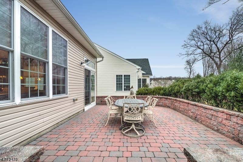 7 Huntington Ct South Brunswick Twp., NJ 08824 - MLS #: 3442223