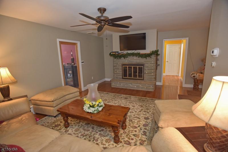 627 Whiton Rd Branchburg Twp., NJ 08853 - MLS #: 3453323